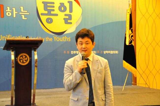 [사진설명= 사이버외교사절단 반크 박기태 단장이 특강을 통해 한국 청년세대의 통일 열망을 전세계에 알리는 노하우를 전하고 있다]