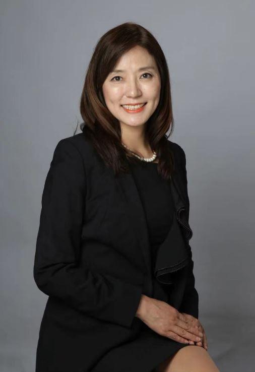 상하이한인여성경제인회 박완신 회장(반석부동산 대표)
